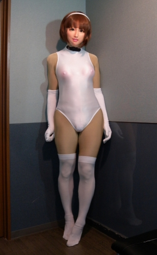 femalemask_Awre04a.jpg