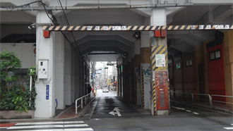 上野三丁目高架下 シュタインズ・ゲート 聖地巡礼