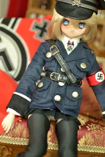 デグレチャフ少佐-親衛隊黒服ver-8