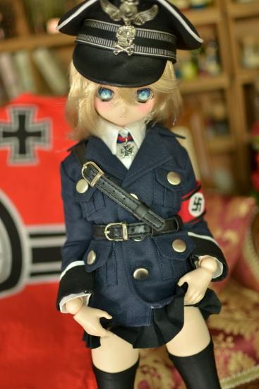 デグレチャフ少佐-親衛隊黒服ver-7