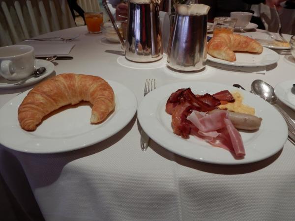 クリスタルホテル朝食