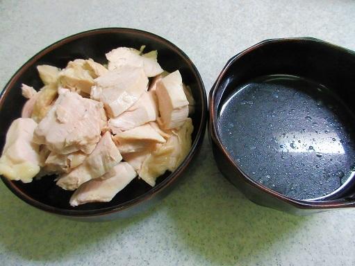 170729-216鶏肉切り(S)