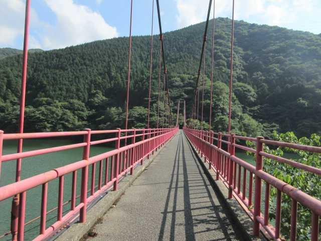 IMG1676JPG吊橋を渡りゴール