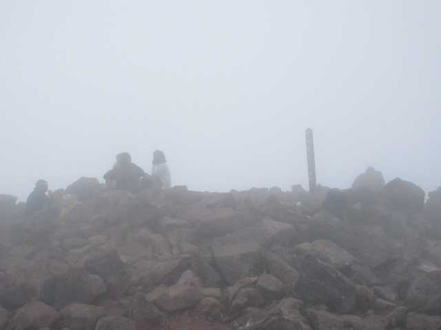 IMG1729JPGご来光を待つ登山者