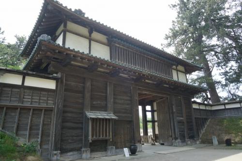9なんとか門 (1200x800)
