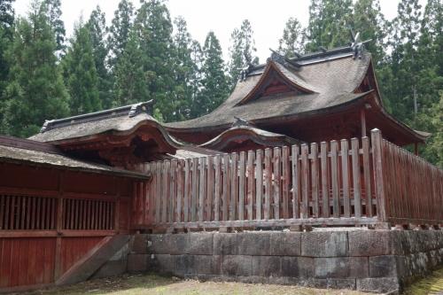 5本殿 (1200x800)