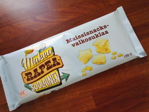 フィンランド ホワイトチョコ コーンスナック入り Taffel