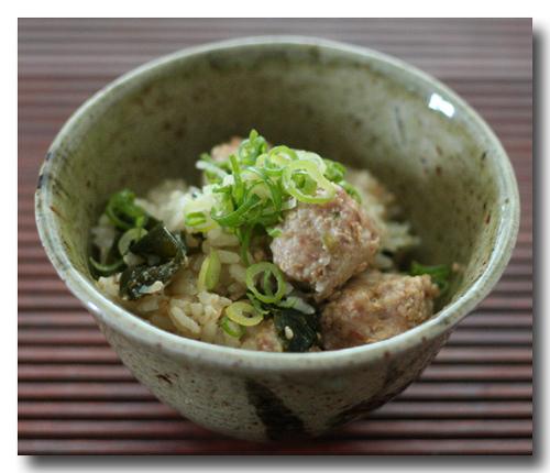 焙煎ごまスープと肉団子の炊き込みご飯