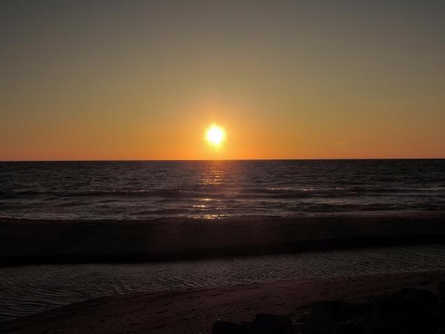日本海の夕日20160800000008