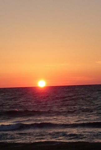 日本海の夕日20160800000002