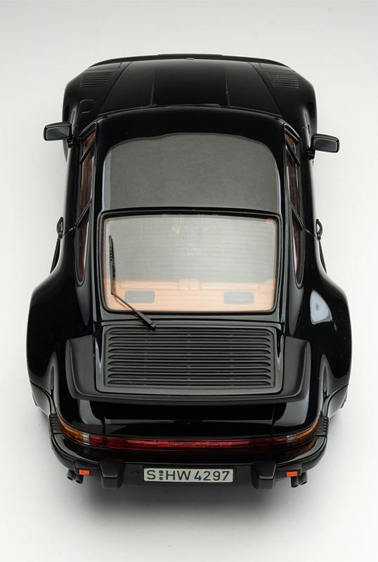 9410 ポルシェ 911 ターボ フラットノーズ 538×800