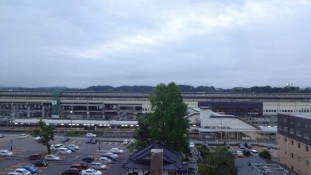 一ノ関駅前から 本日も曇り