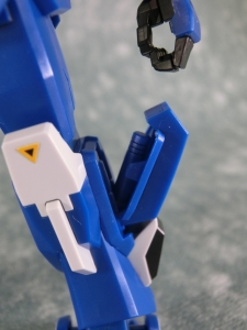 HGUC-BLUE-DESTINY-2-0187.jpg