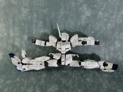RG-UNICORN-GUNDAM-0094.jpg