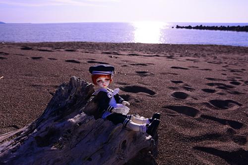 DOLLZONE・Chocoのルネを日本海に連れて行きました。