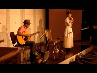 重慶イベント歌唱2