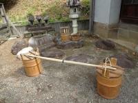 天秤棒と手桶