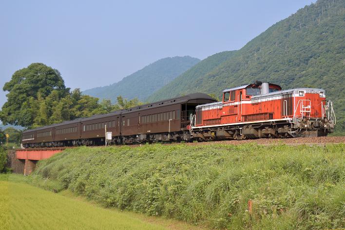 DSC_2047-2 170731 試9575レ 長門峡~渡川