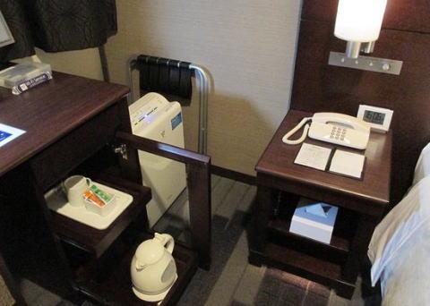 ホテル 備品 盗難 持ち帰り 中国人 韓国人 嘘つき スペイン人