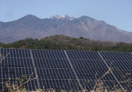 電気 八ヶ岳 ソーラーパネル 太陽光発電 民主党 環境破壊 自然エネルギー