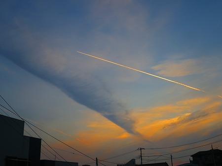 20170716 早朝飛行機雲