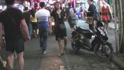 「Pattaya ひとり旅」gogo bar 警告 ! 【 ウォーキング ストリート 】4 (2)