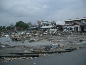 津波の被害に遭ったアチュ州
