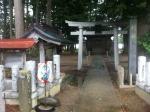 160826 (91)八幡神社の鳥居(阿部亀治翁頌徳碑)
