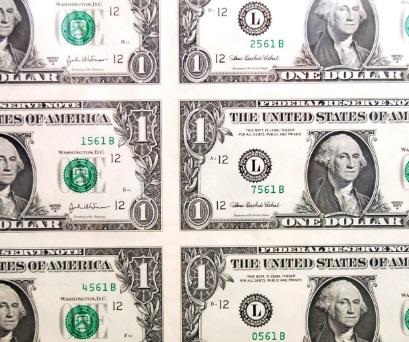 米ドル紙幣 お金 投資信託