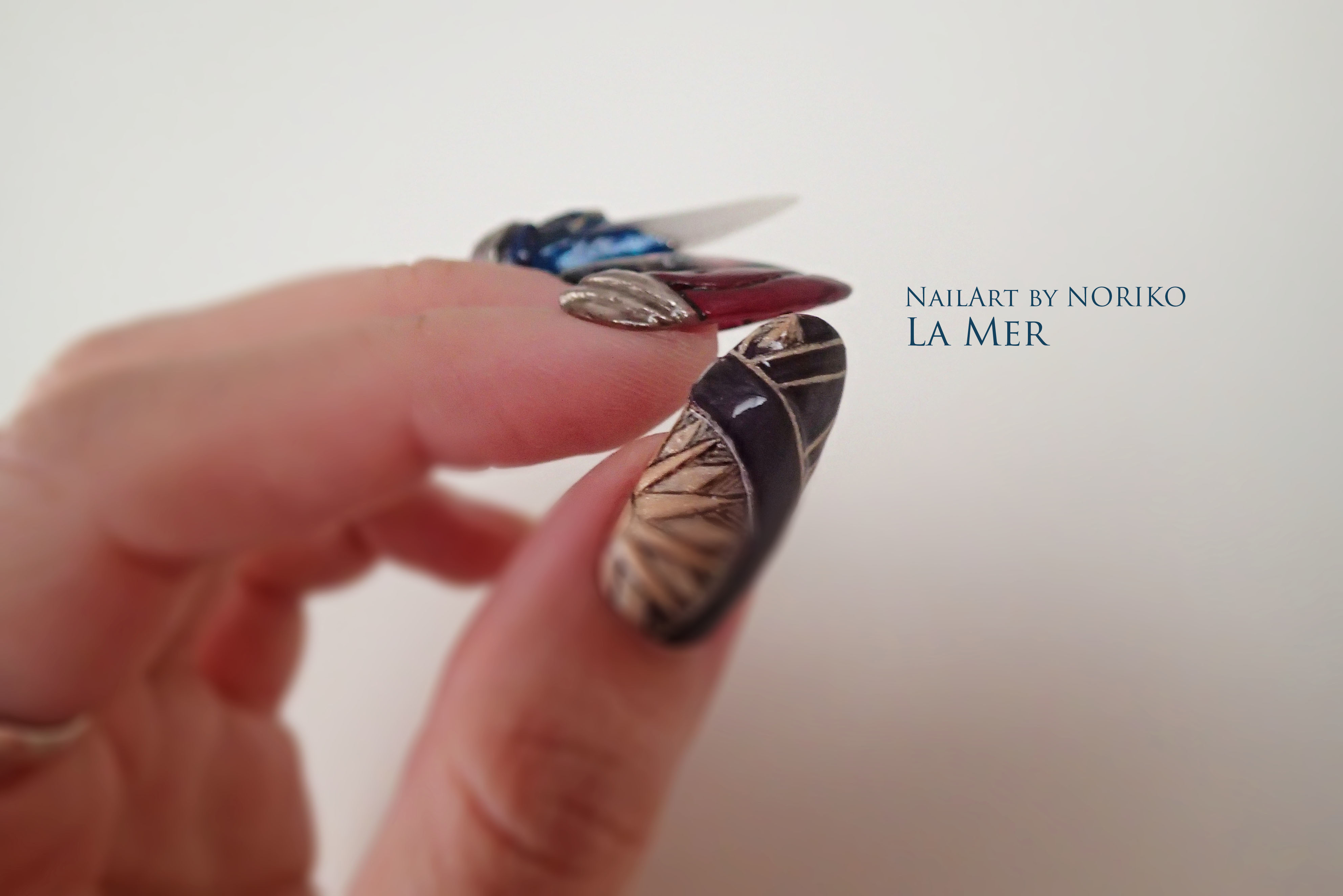 Nail Artist : NORIKO/ 典子 WONDER WOMAN12_2