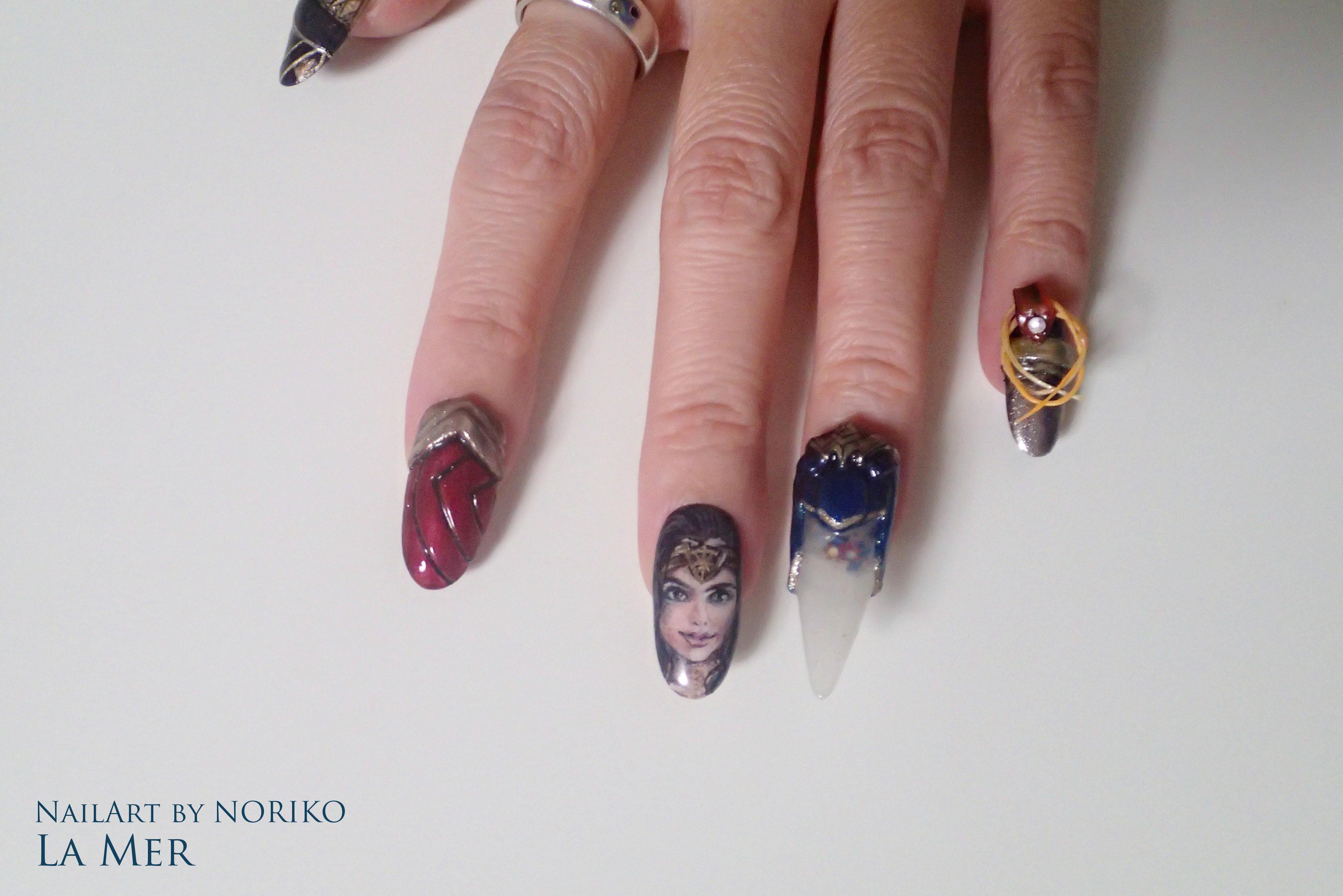 Nail Artist : NORIKO/ 典子 WONDER WOMAN25