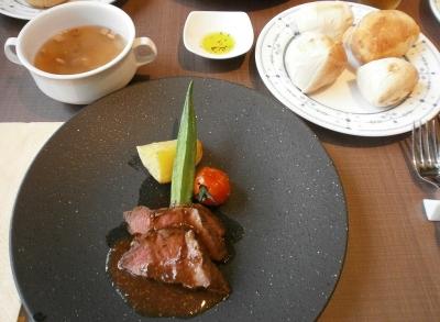 リゾート食事20170726