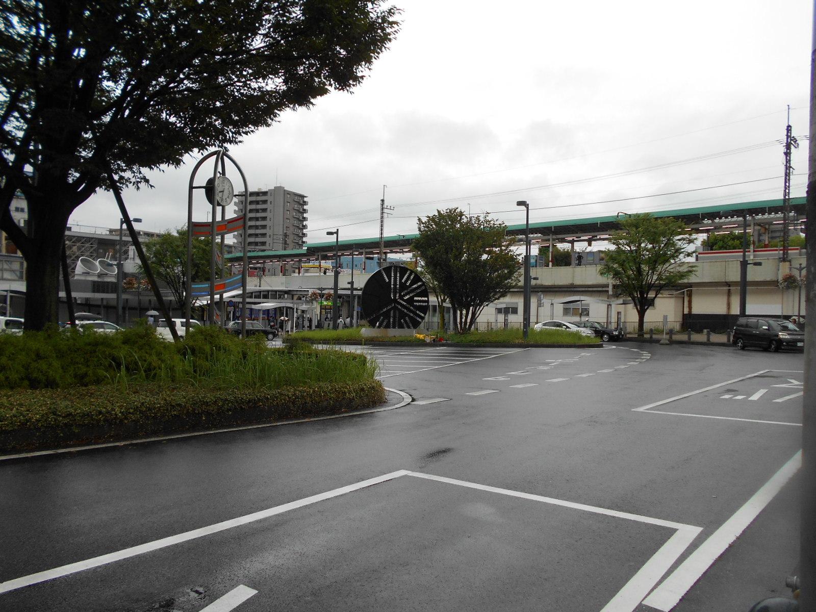 バス停より東川口駅