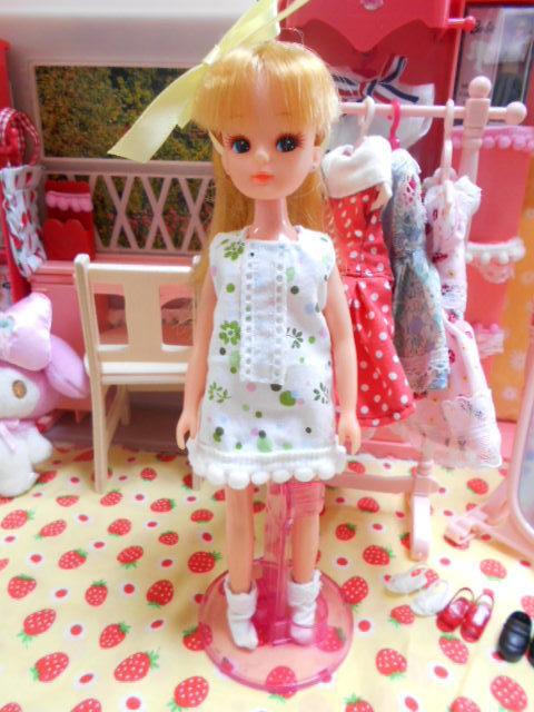 リセちゃんファッションショー 003