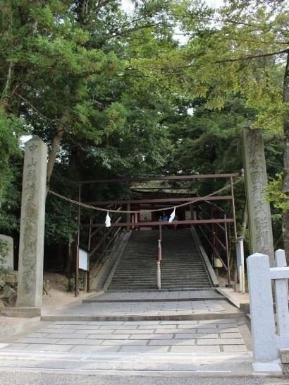KibitsuJinja_000_org.jpg