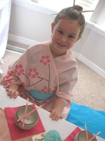 kimonogirl2.jpg