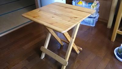 折り畳みテーブル表