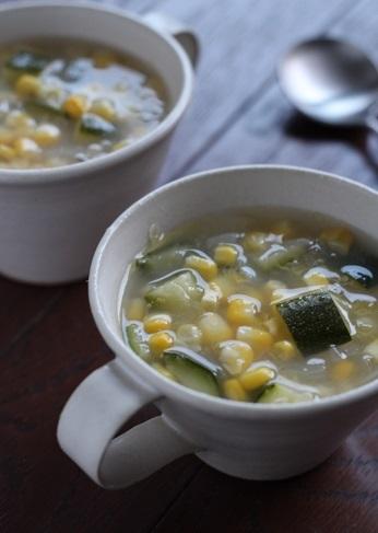 ズッキーニととうもろこしのスープ