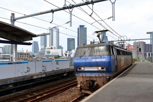 EF200-10代走・2076レ ささしまライブ駅