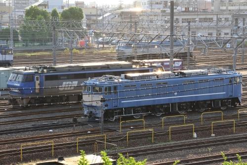 EF64 77+EF200-10+EF66 101 稲沢駅