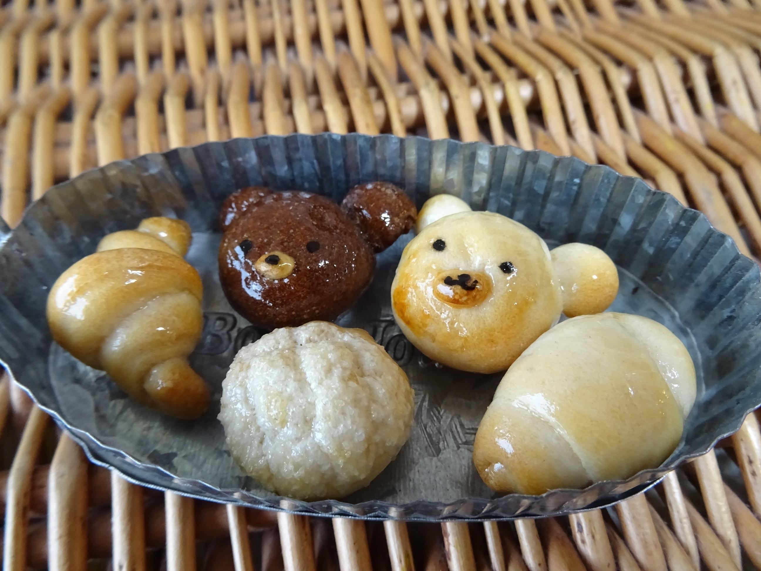 パン生地で作るミニチュア小物