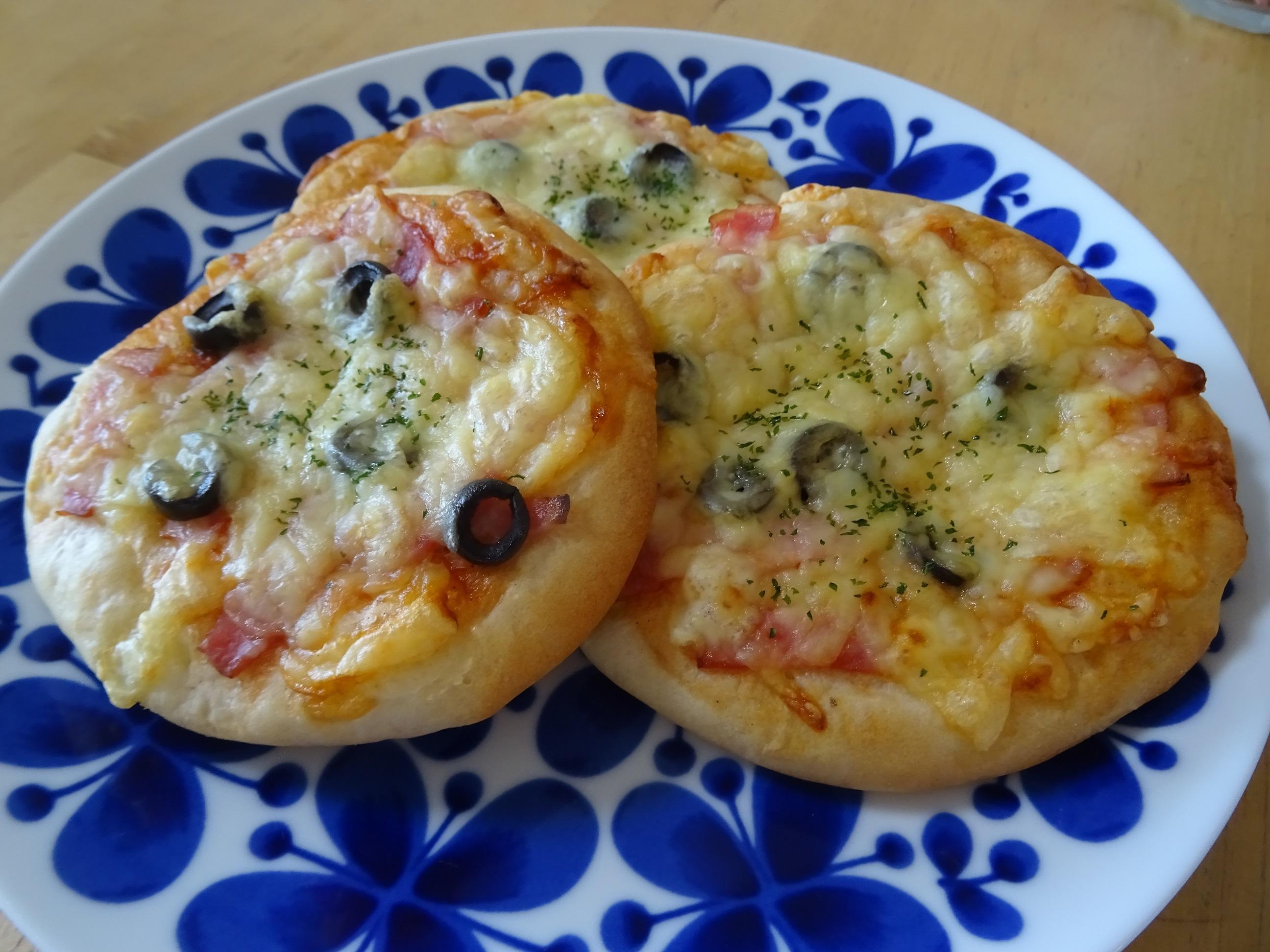 ピザパンとあんぱん2