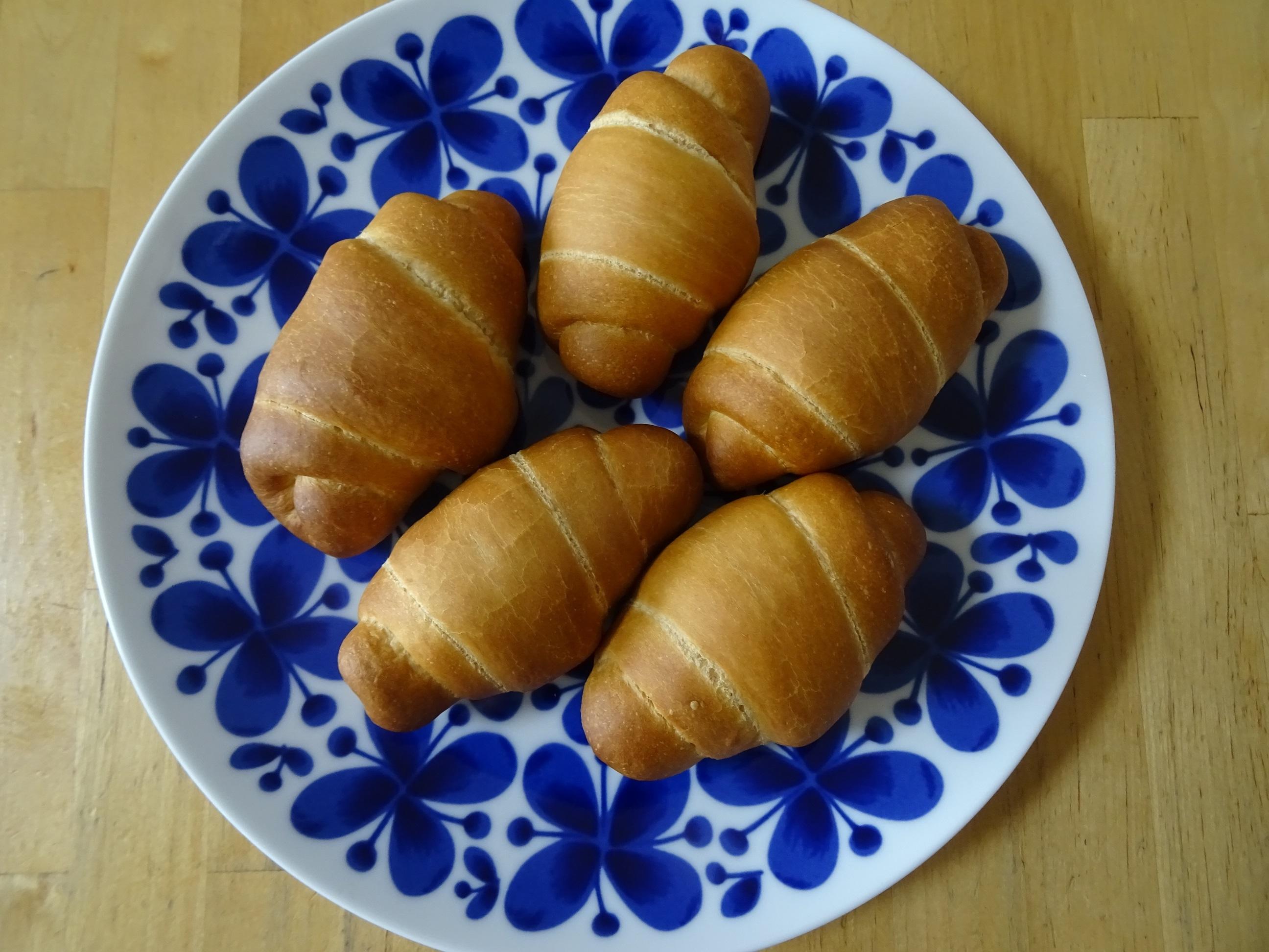 こんがりロールパン2