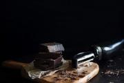 チョコレートでニキビは悪化する?