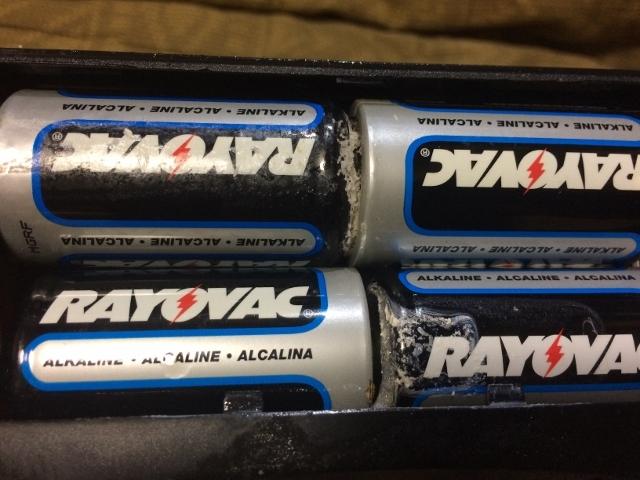 乾電池液漏れ IMG_1824 (640x480)