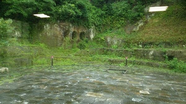 中世風の庭