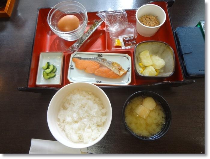 ホテル朝食DSC00414
