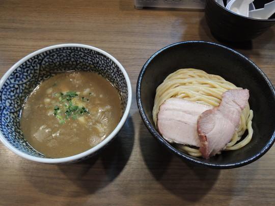 極濃煮干しつけ麺 並(200g)(830円)