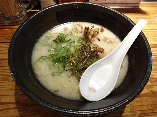 鶏白湯らーめん(777.6円)