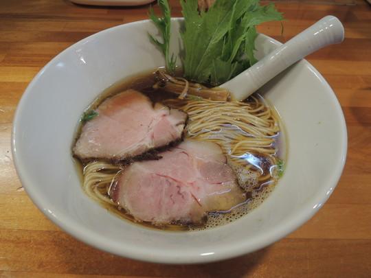 醤油ら~めん(780円)